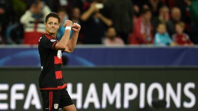 El 'Chicharito' anotó el tercer gol de Bayer Leversuken sobre el BATE.
