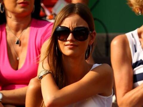 La hermosa novia del checo Tomas Berdych, Ester Satorova, al tanto del e...