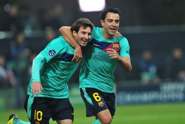 Messi volvió a asistir a Xavi para dejarlo en mano a mano con el...
