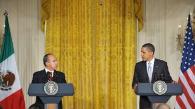 Los presidentes Felipe Calderón y Barack Obama encabezaron una conferenc...