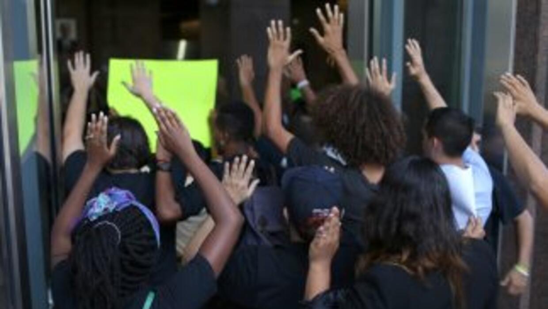 El hecho incitó aún más unas protestas que estaban previstas para el vie...