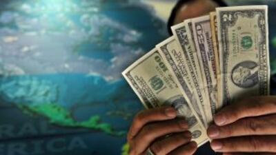 Si se hace un promedio, cada familia mexicana habría recibido 304 dólare...