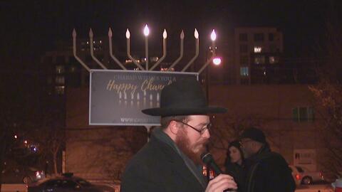 Se celebra la tradición judía 'Fiesta de las Luminarias' en el centro de...