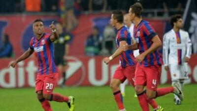 El Steaua salvó el empate en su estadio al minuto 88, gracias a la anota...