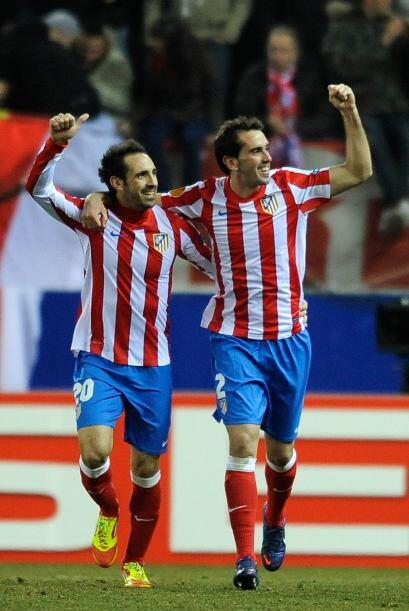 El único tanto del encuentro lo anotó el defensor Diego Godín.