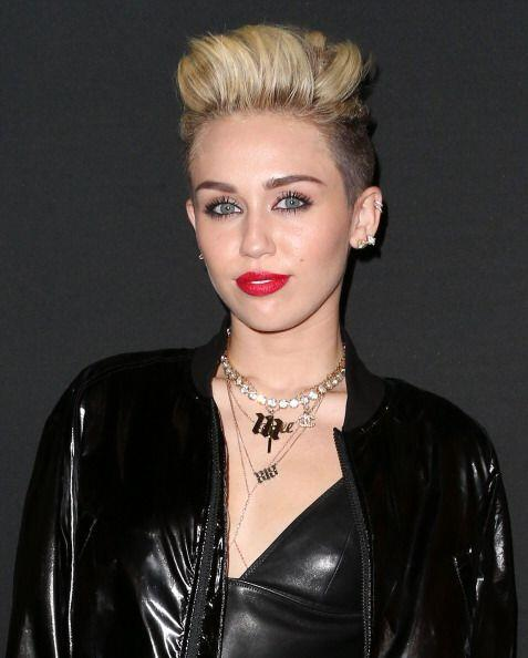 Miley Cyrus es una de las 'celebrities' que ha descubierto la mág...