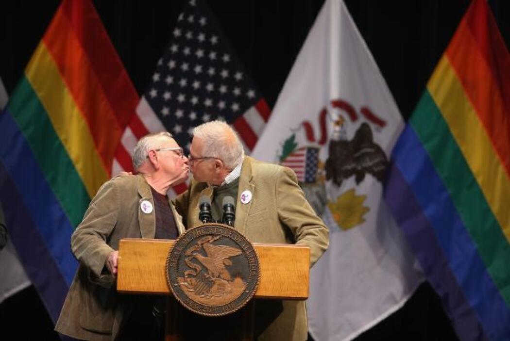 """En un breve discurso antes de la firma, el legislador dijo que """"libertad..."""