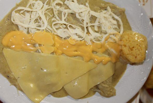 Enchiladas de tres quesos.