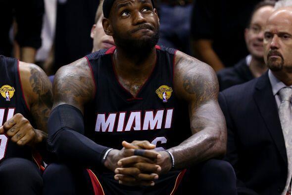 En la temporada 2013-2014, LeBron James buscaba el tricampeonato e inclu...