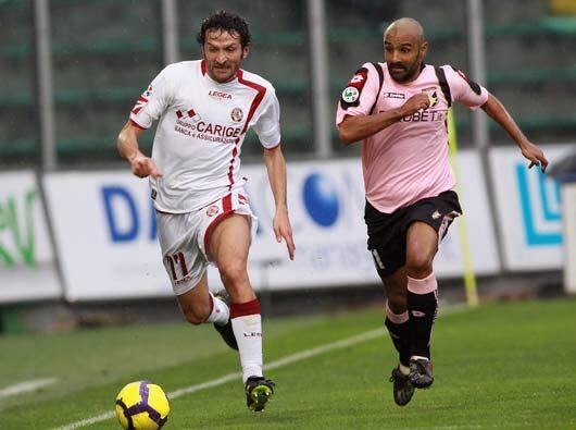 Palermo recibió la visita del Livorno, el antepenúltimo cuadro de la tab...