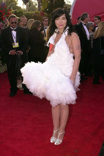 Björk sí que dejó mucho de qué hablar cuando a...