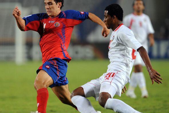 Asimismo, Cerro Porteño dio la nota al firmar al juvenil mediocampista c...