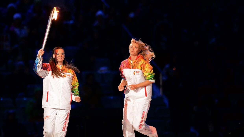 Yelena Isinbayeva (izquierda) y María Sharapova.