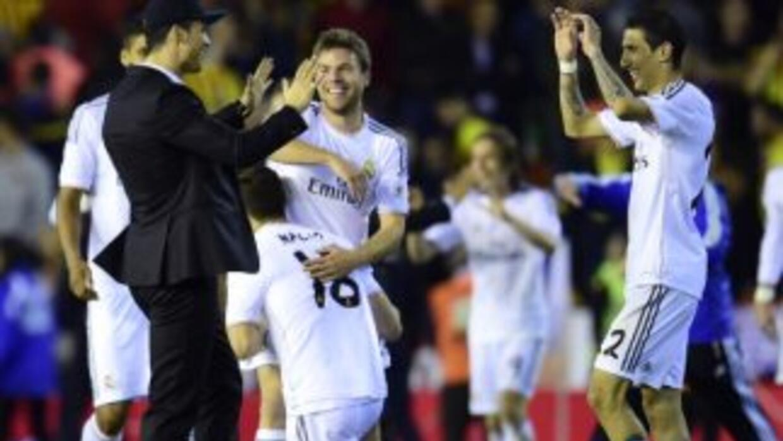 Cristiano Ronaldo felicitó a sus compañeros.
