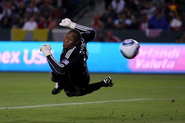 Segundo gol de ´Chicharito´de la MLS, Omar sorprendió con su disparo al...