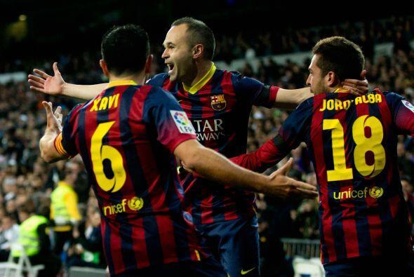 El jugador manchego recibió la pelota de parte de Lionel Messi y...