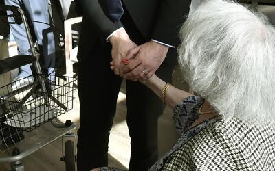 ¿Qué hábitos podrían ayudar a las personas para prevenir el alzhéimer?