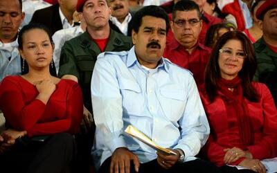 Encantos del imperio: La nueva élite venezolana
