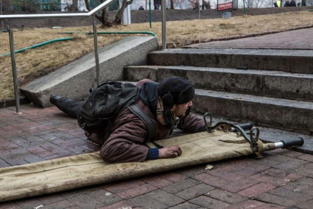 El gobierno de Kiev dice que 28 oficiales sufrieron heridas de bala en l...