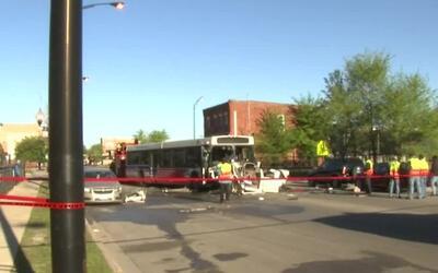 Choque entre autobús de la CTA y otro vehículo deja un saldo fatal