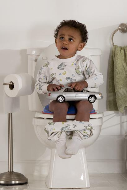 Utilizar el inodoro es parte del crecimiento natural de tu hijo, as&iacu...