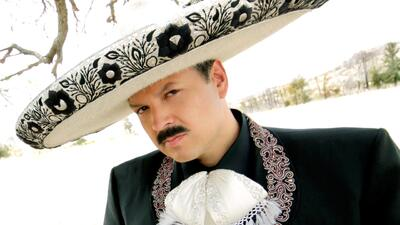 Exclusiva: Pepe Aguilar te presenta su video 'Lástima Que Seas Ajena'