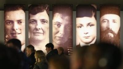 A más de 68 años aún siguen heridas en sobrevivientes del Holocausto.