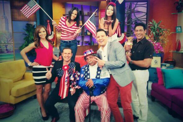 """""""Toda la familia de Despierta América celebrando la Independencia de los..."""