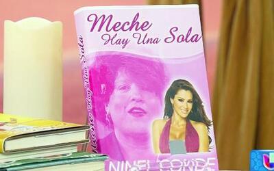 Mira los libros que escribió Doña Meche con Ninel, Paulina y Michelle Obama