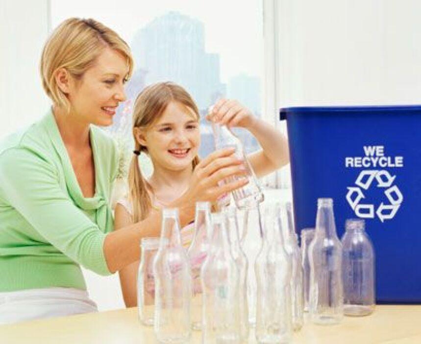 9. Reduce tu consumo de plásticosPrueba a cambiar las bolsas plásticas p...