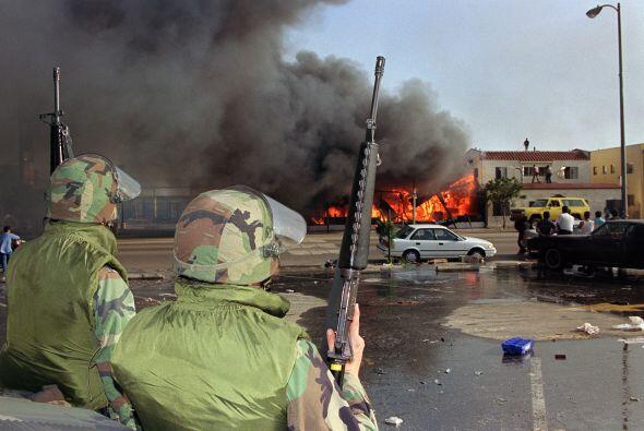 La situación pasó a mayores y comenzaron los disturbios que marcaron a f...