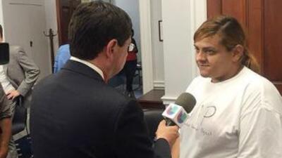 La activista Marichuy Leal es entrevistada por el periodista Fernando Pi...