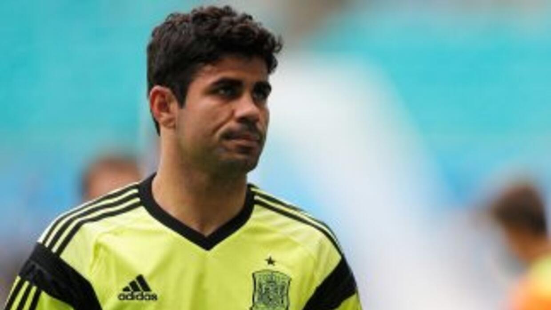 Costa finalmente emigra a la Liga Premier.