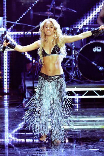 ¡Gracias Shakira! Porque esa cintura y ese abdomen le sirvi&oacute...