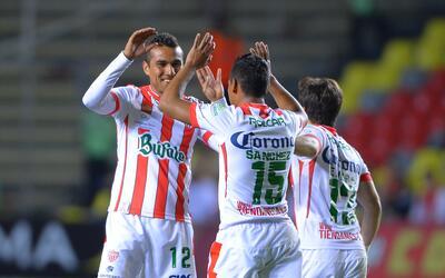 Necaxa le pegó 4-0 a Monarcas Morelia