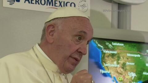 Papa Francisco cuestiona los valores cristianos de Donald Trump