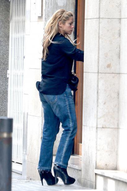 Los paparazzi no le pierde el rastro a Shakira.