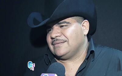 Chuy Lizárraga sin pelos en la lengua defiende a su amiga Chiquis Rivera