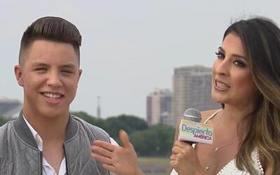 Jonatan Sánchez quiere una novia que lo ayude a vestirse