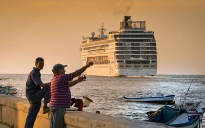 Guerrero y su balneario turístico Acapulco han sido golpeados por...