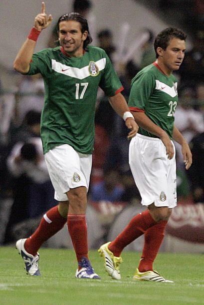 Dos goles de Francisco 'Kikín' Fonseca, entonces figura del 'Tri' fueron...