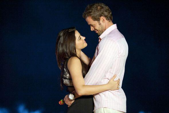 Sin conflicto, separaciones y obstáculos, el romance telenovelero...