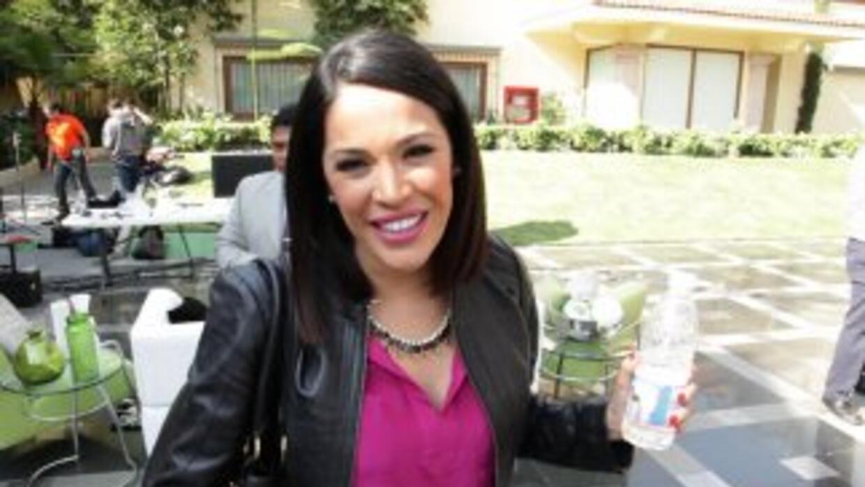 Karla se sintió como en casa cuando visitó Televisa en México