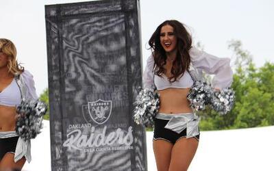 Te invitamos a disfrutar de los más lindo que vino de los Raiders a Méxi...