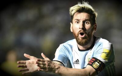Lionel Messi no jugará hoy ante Bolivia, la FIFA lo suspendió por cuatro...