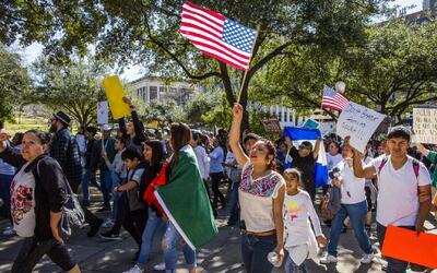 Al menos 100 manifestaciones se realizarán este viernes en 30 estados de...