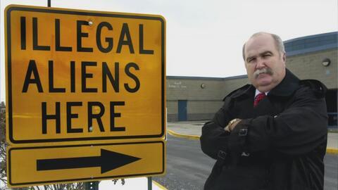 Un alguacil antiinmigrante de Ohio propone lanzar la madre de todas las...