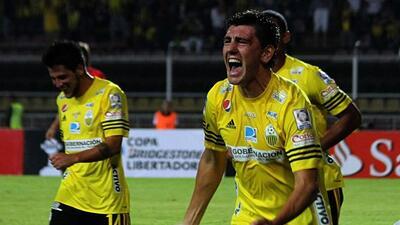 Los venezolanos vencieron por 2-1 al equipo paraguayo en el partido de i...