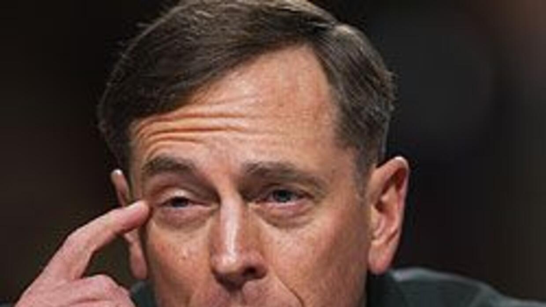 General David Petraeus garantizó a la OTAN continuidad en conflicto afga...