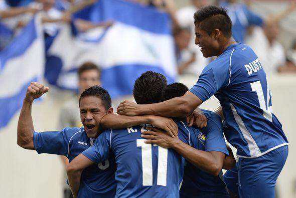 El Salvador empató ante Trinidad y Tobago en su mejor partido, lu...